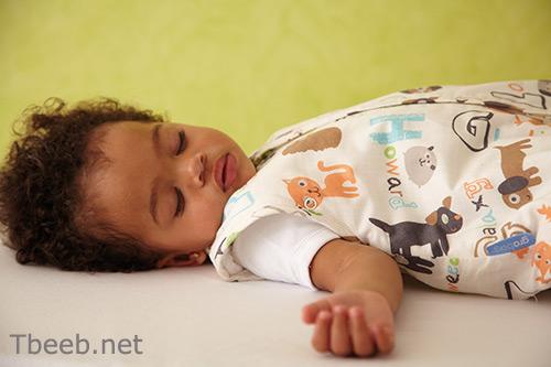 اكتشاف أفضل وقت لنوم طفلك   نصائح في مشاكل النوم لدى الأطفال من عمر أربعة أشهر إلى سنتين
