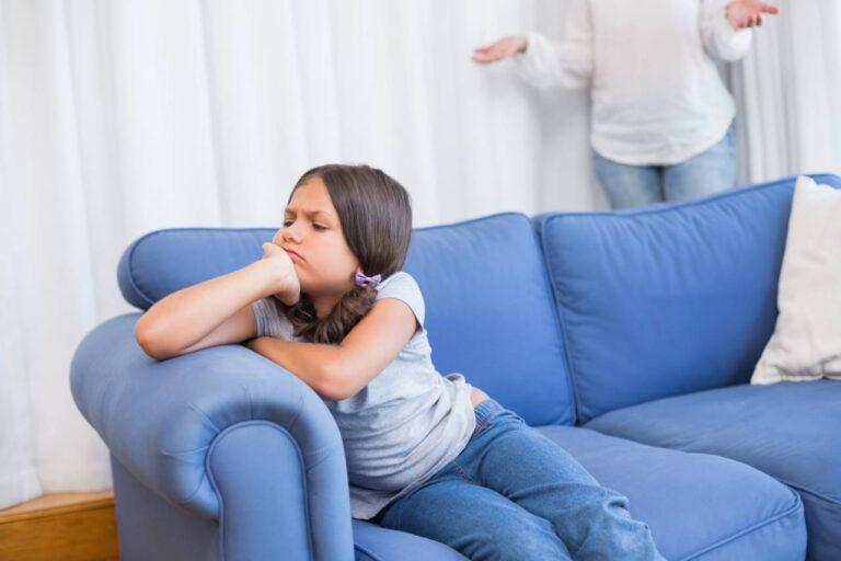 كيف تتصرف مع الطفل الذي لا يريد الذهاب إلى الدرسي الخصوصي