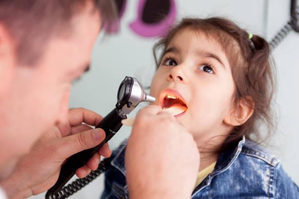 التهاب اللوزتين الحاد عند الأطفال acute tonsillitis