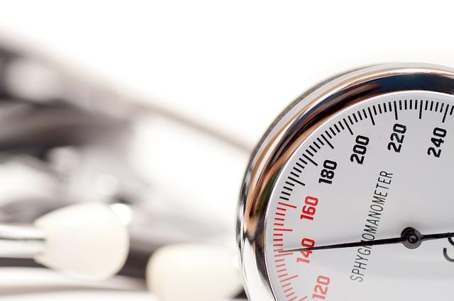 تشخيص وفحص ضغط الدم