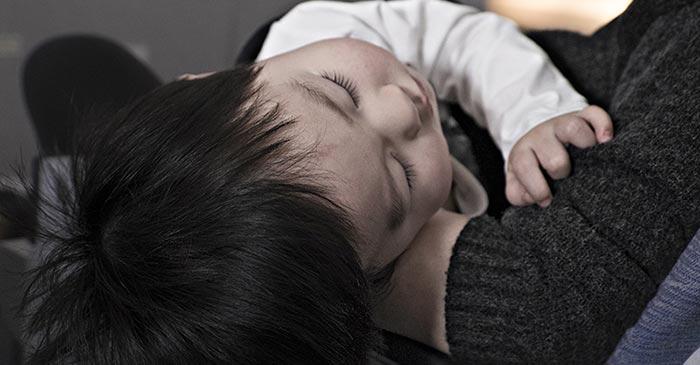نوم الطفل الرضيع – نصائح للأمهات