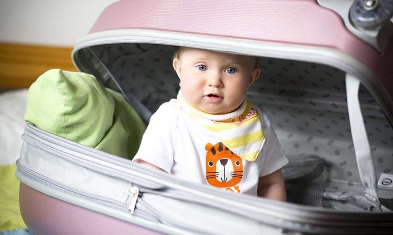 السفر مع الرضيع بأمان وراحة