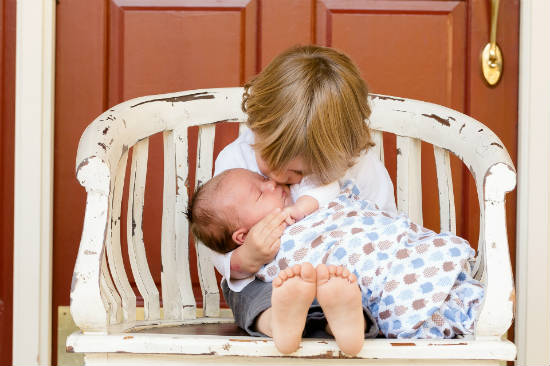 أساسيات رعاية الطفل الرضيع