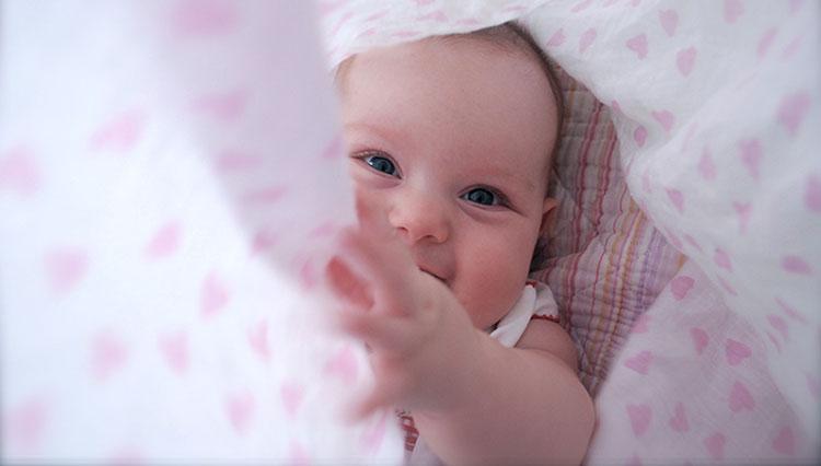 تطور النمو النفسي للطفل الرضيع