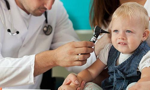 نصائح في صحة الطفل البدنية من عمر سنة إلى ثلاث سنوات
