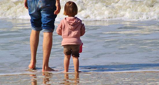 السفر مع الطفل