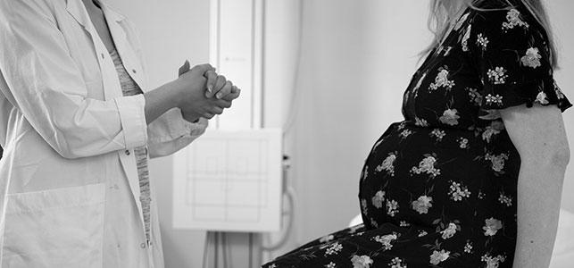 اختيار طبيب الأطفال للمولود