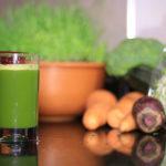 عصير تنظيف الكبد | وصفات عصائر خام لعلاج الكبد الدهنية