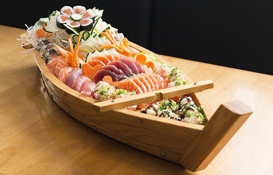 تناول الحامل للسمك أثناء الحمل هل هو آمن؟ السلمون، السردين، التونة، السوشي