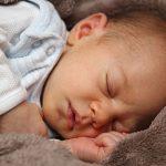 علامات مرض الطفل الرضيع