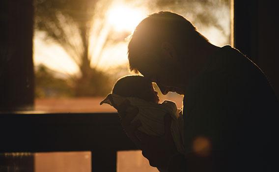 ما قدر الراحة التي يحتاجها الطفل الرضيع المريض؟