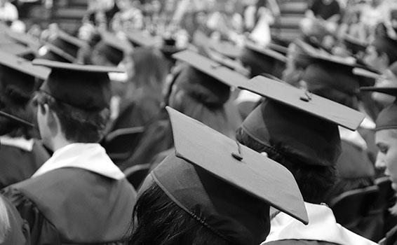 نصائح إلى طلاب الجامعات عن التخرج والتخطيط للعمل