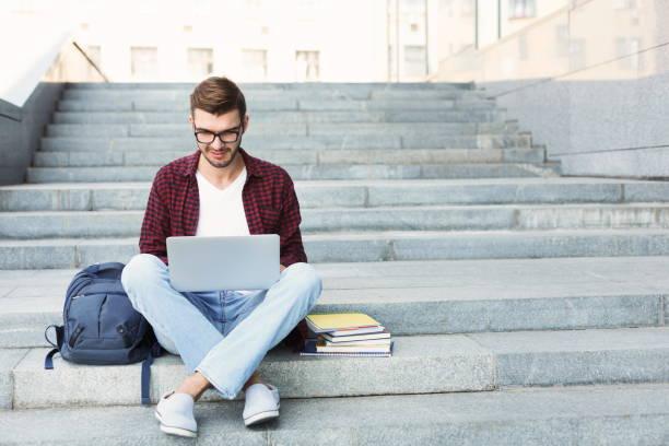 نصائح إلى طلاب الجامعات عن الصحة والسلامة