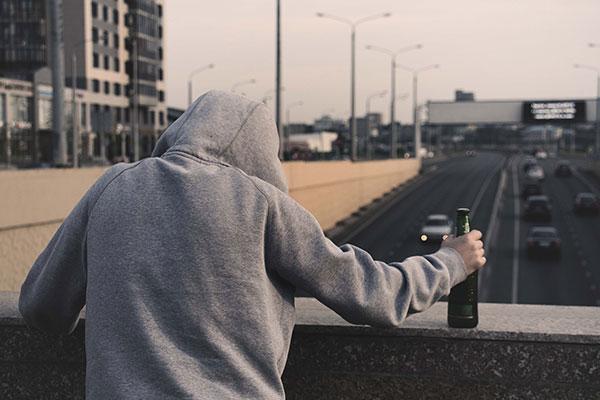 الادمان على الكحول أو الخمر Alcoholism