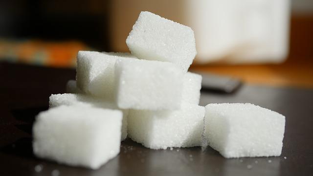السكر الأبيض والمحليات | الأنواع والأضرار والبدائل