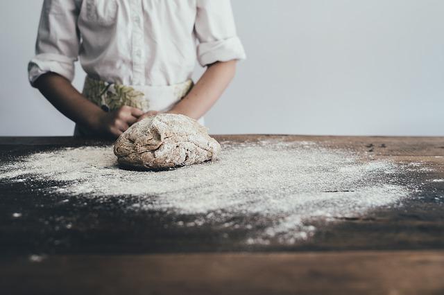 الخبز المنزلي وخبز المصانع | القمح الكامل والقمح الأبيض