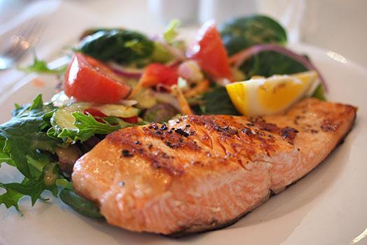 أنواع الدهون والأحماض الدهنية المفيدة والضارة