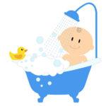 استحمام الطفل في حوض الاستحمام الكبير في الشهر السادس
