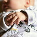 رعاية أجزاء جسم المولود الحديث