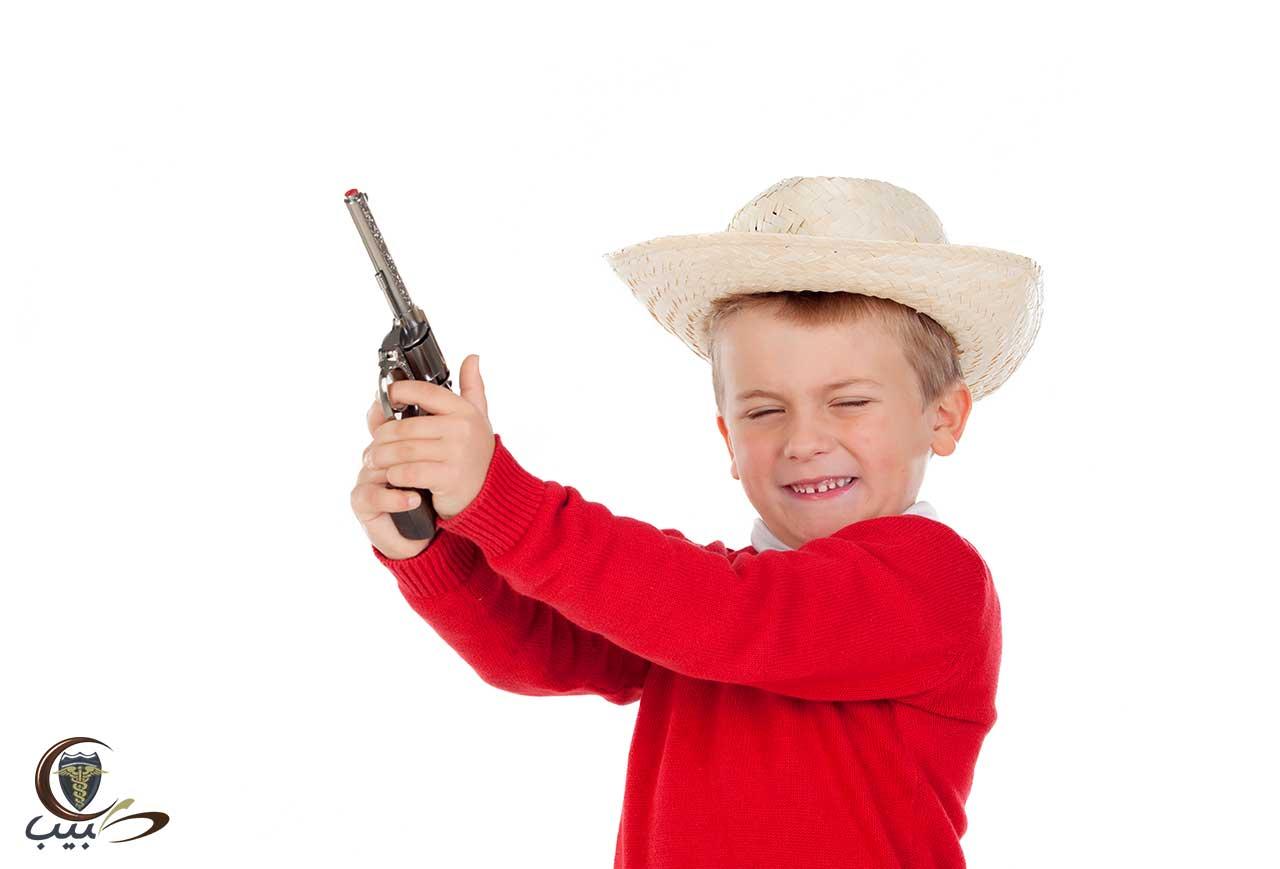 خطر اقتناء الأسلحة النارية بالمنزل