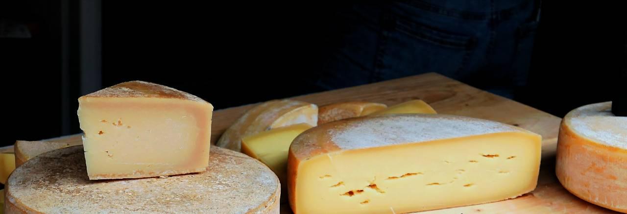 مشاكل صحية يسببها الجبن: الحساسية، الربو، الصداع النصفي، التهاب المفاصل، السكري، امراض القلب